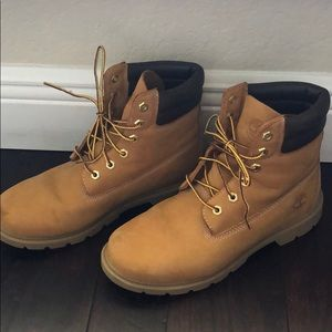 Only worn once Timberland boots - Women's size 9